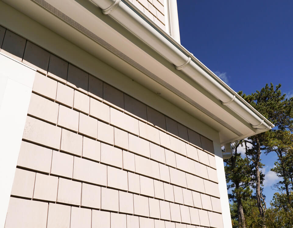 Cedarworks installs cedar shingle and clapboard siding in Truro, MA
