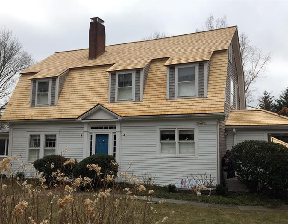 Cedarworks Installs Cedar Shingles Clapboard And Roofs